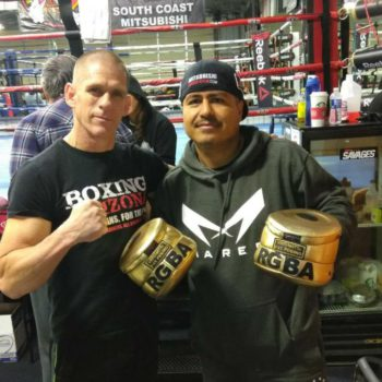 Robert Garcia with his custom Versamitt from Brad Carlton
